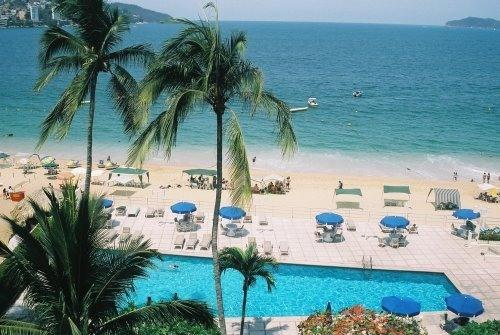 View from apartment - Spacious 2BR apartment on Ocean, with pool - Acapulco - rentals