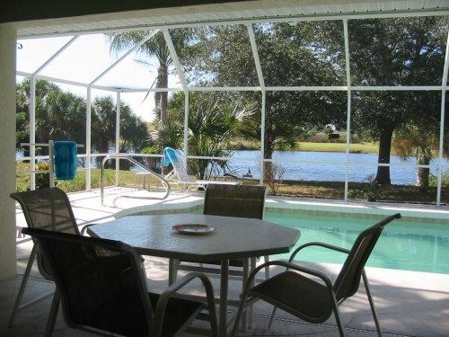 Exceptional lake and golf views from lanai - Lakefront, Golf view, Heated pool - Rotonda West - rentals
