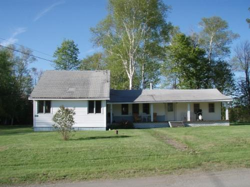 620 Boundary Road, Orient, Maine - Comfortable camp in quiet area, on the water. - Orient - rentals