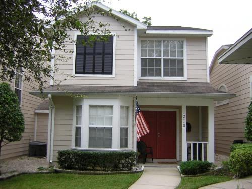 Front of Townhouse - COMFY VACATION - RELOCATION TOWNHOUSE - Palm Harbor - rentals