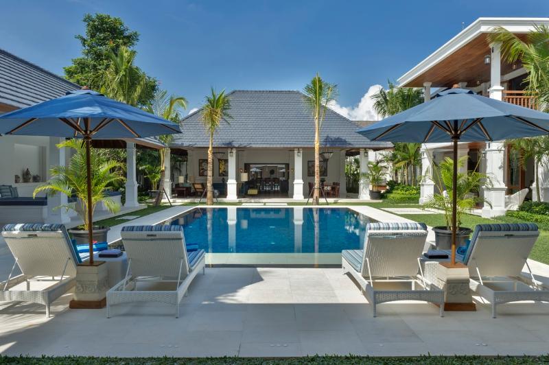 Windu Asri by Windu Villas, Bali? - Villa Windu Asri - Raffles Style 6 bedroom Luxury - Seminyak - rentals