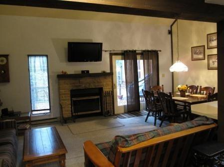 2 bedroom Villa in Big Boulder - Image 1 - Lake Harmony - rentals