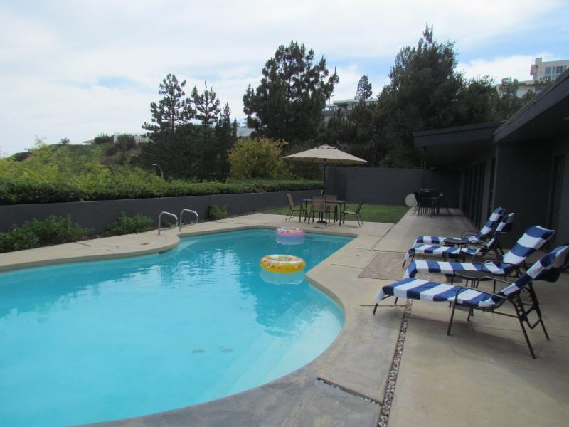 Amazing view , 4 bedrooms house perfect location - Image 1 - West Hollywood - rentals