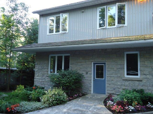 Private entrance to upper level unit surrounded by trees; water access; firepit - Private, Surrounded By Nature - Wiarton - rentals