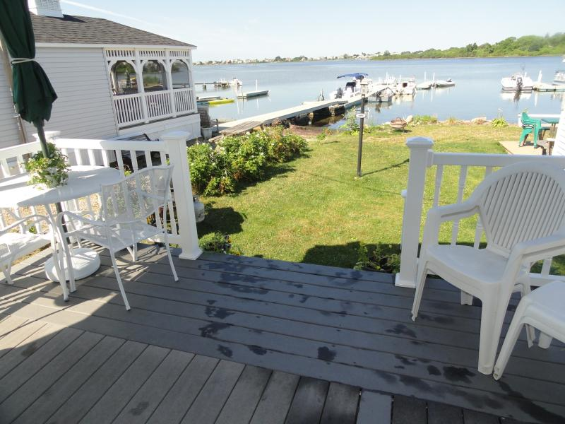 Waterfront on Potters Pond, gazebo to the left, walk to E. Matunuck State Beach - R.I Waterfront by E. Matunuck Beach & Narragansett - South Kingstown - rentals