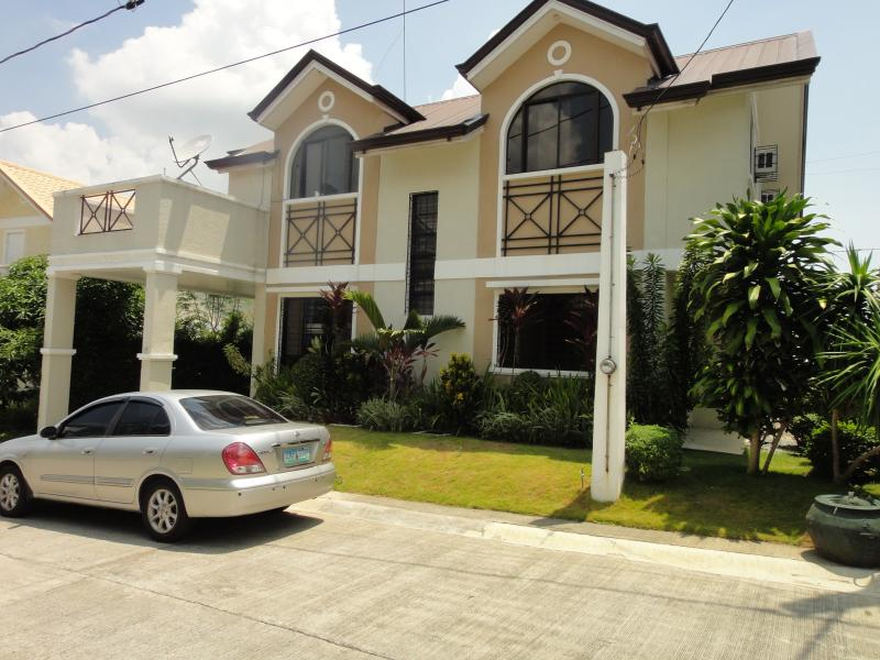 Front Of House - New and Affordable Vacation House near Tagaytay - Tranca - rentals