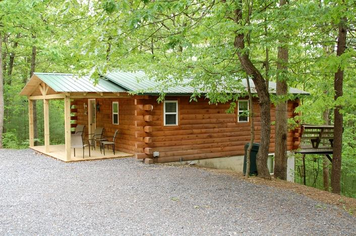 Raystown Lake Log Cabin (Green Roof Cabin) - Raystown Lake Country Log Cabin (Green Roof Cabin) - Huntingdon - rentals