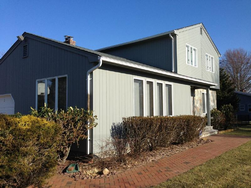Front view in winter - Beach Side Modern Home With Heated Pool - Orient - rentals