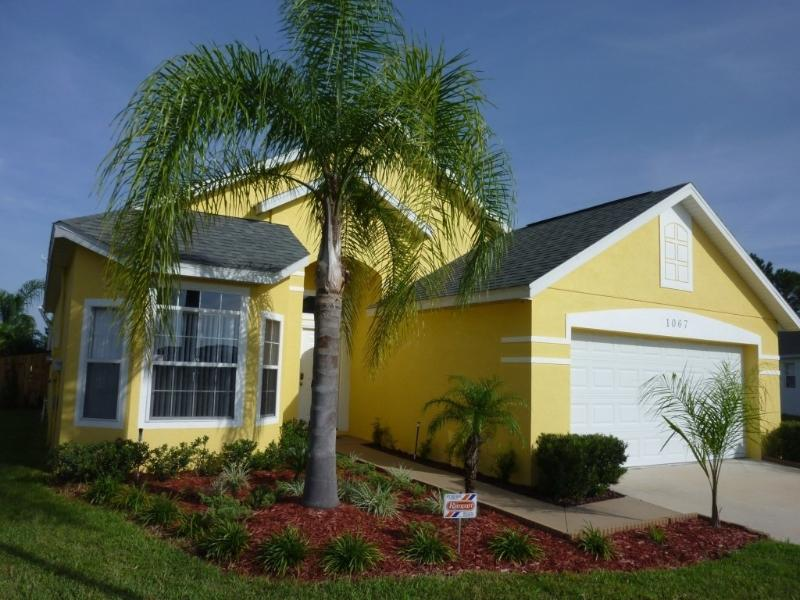 Vacation Home With Exclusive Furnishings In Gated - Image 1 - Kissimmee - rentals