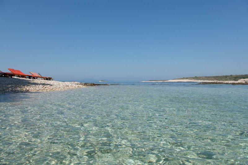 beach in Mlin bay - Robinson house Nicolina - Hvar - rentals