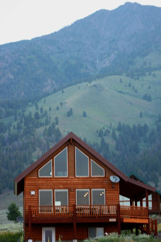 MOOSE LAKE LODGE ONLY MINUTES TO YELLOWSTONE PARK. - Image 1 - West Yellowstone - rentals