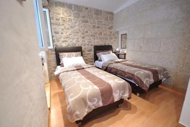 Apartman Dora - Image 1 - Split - rentals