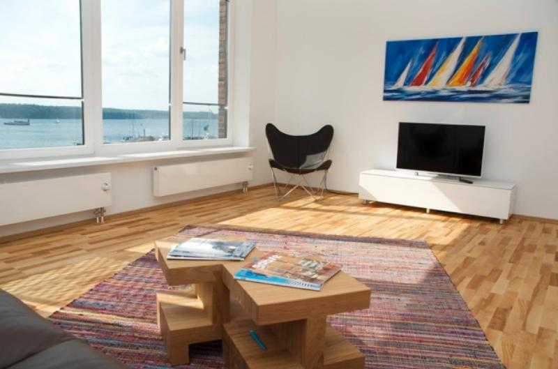 Vacation Apartment in Flensburg - 700 sqft, luxurious, bright, upgraded (# 5299) #5299 - Vacation Apartment in Flensburg - 700 sqft, luxurious, bright, upgraded (# 5299) - Flensburg - rentals