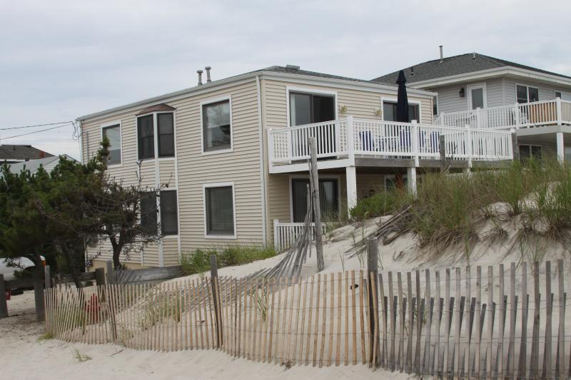First Floor - OCEAN FRONT! Step right onto the beach (1st Floor) - Beach Haven - rentals