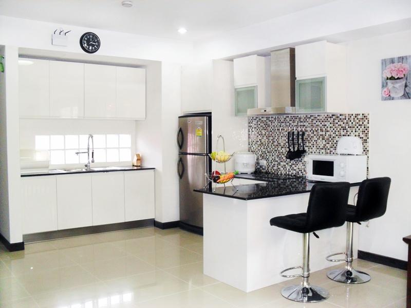 New kitchen with Breakfast Bar - Stunning 2 bedroom Apartment in Quiet Area - Patong - rentals