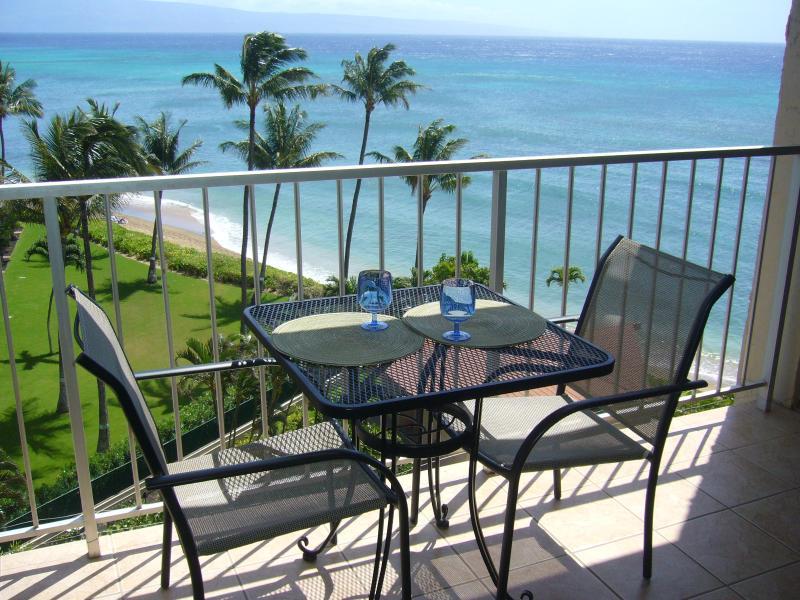 Confortable seating and spectacular view from our lanai - Fabulous Ocean & Sunset Views. Air Cond. & Free Wi-Fi! - Royal Kahana #714 - Napili-Honokowai - rentals