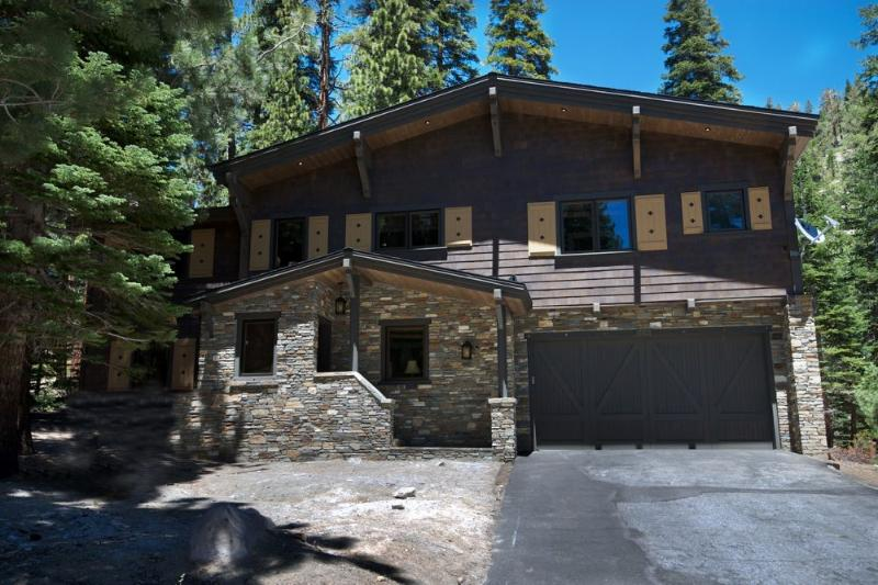 Front View of the House - Beautiful Chalet Home Nestled in the Forest - Mammoth Lakes - rentals