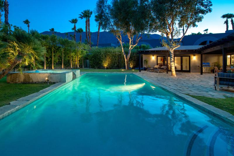 Large Pool and Spa With Mountain View - 5104 - Palm Springs - rentals