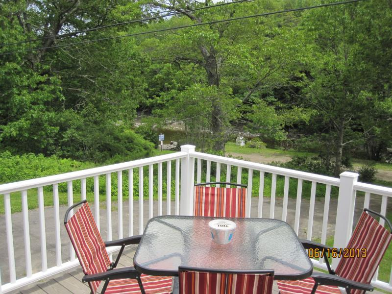 Deck view towards tidal cove - Cozy 2-bdrm w/ lg deck overlooking Round Pond cove - Round Pond - rentals