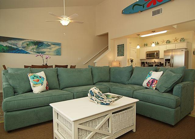 Beautifully decorated Townhouse in a quiet central location on the Island. - Image 1 - Corpus Christi - rentals