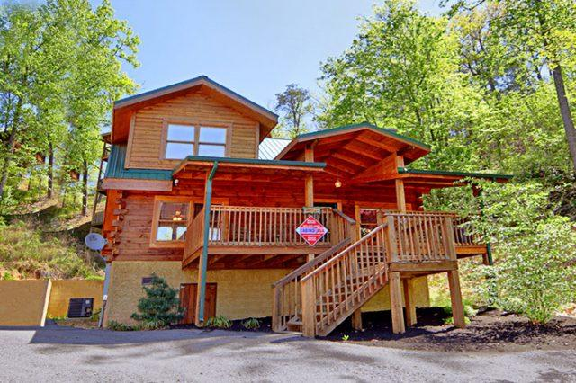 Featured Property Photo - Campbells Cabin - Pigeon Forge - rentals