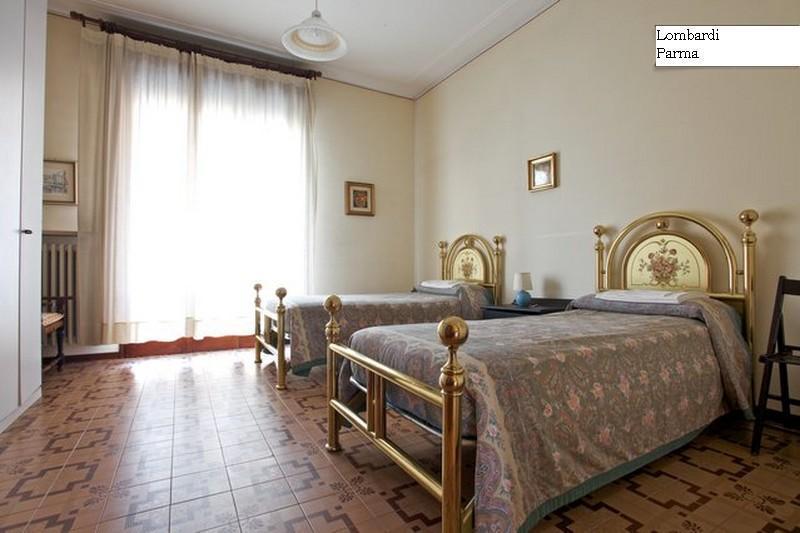 Camera - Appartamento zona Parco Ducale/Ospedale Maggiore - Parma - rentals