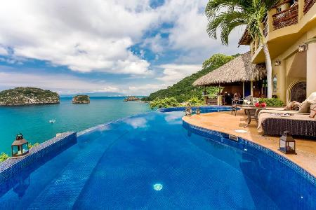 Los Arcos with oceanfront terrace, saltwater infinity pool, infrared sauna - Image 1 - Mismaloya - rentals