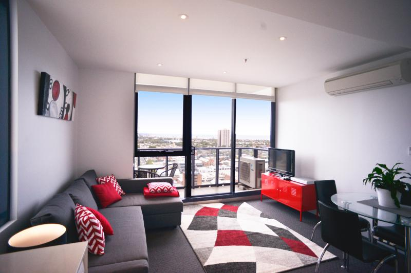 Spectacular Bay Views from the 27th Floor! - Image 1 - Melbourne - rentals
