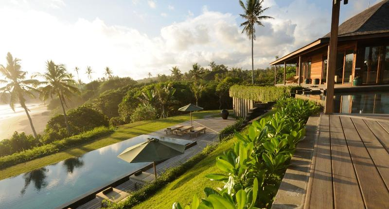 A unique luxury Bali villa only a wild beach - Exclusive Bali Beach Retreat, 33 Metres Pool, Chef - Tabanan - rentals