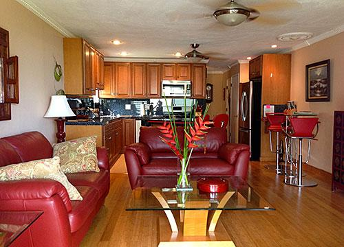 Living and dining area - Wavecrest C316 - Ualapue - rentals