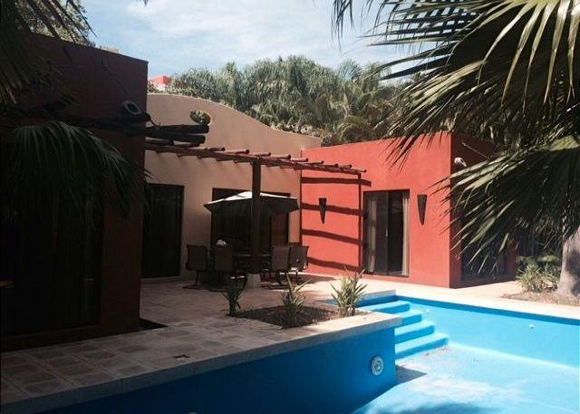 Pool and Outdoor Eating Area - Great 3 BR Home in Oro del Sol - Tamarindo - rentals