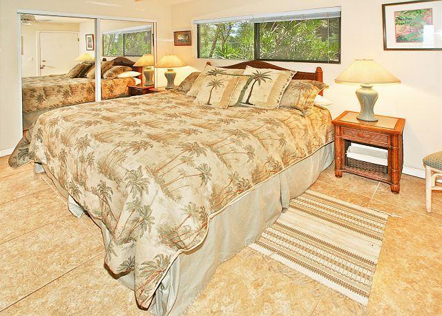 Bedroom - #204 - 1 Bedroom/2 Bath Ocean Front unit on Sugar Beach! - Kihei - rentals