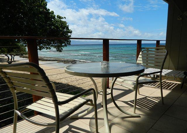 Hale_Kai_202_lanai_1.jpg - Hale Kai # 202 – Overlooking the sand-You can't get much closer to the ocean! - Lahaina - rentals