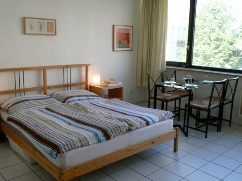 Vacation Apartment in Berlin-Schöneberg - 334 sqft, comfortable, bright, central (# 5330) #5330 - Vacation Apartment in Berlin-Schöneberg - 334 sqft, comfortable, bright, central (# 5330) - Schoeneberg b. Angermuende - rentals