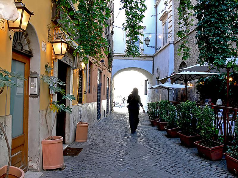 Trastevere, Rome's last remaining medieval neighborhood - Charm in the Heart of Historic Rome - Rome - rentals