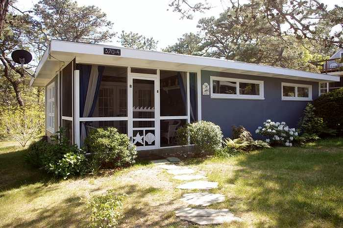 Sea Breeze Cottage at Surf Side - Image 1 - Wellfleet - rentals