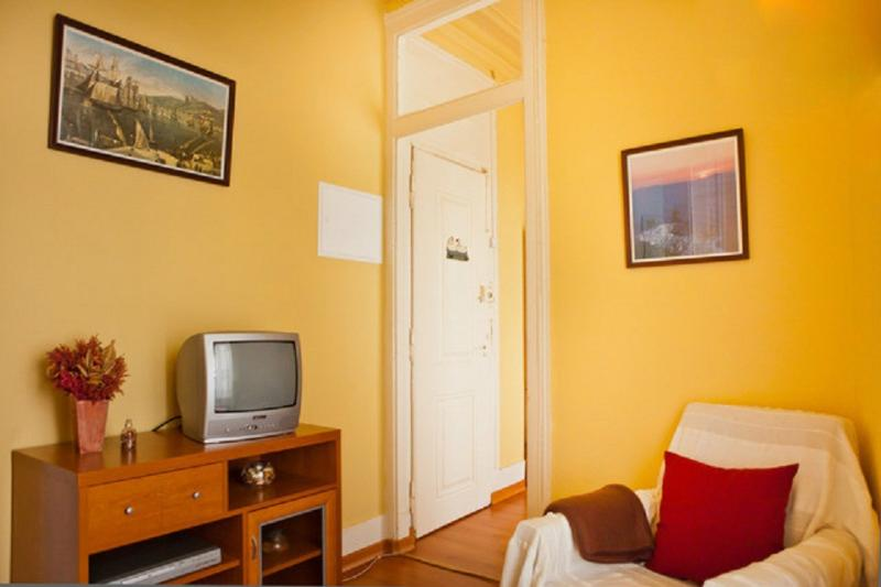 Apartment in the heart of Lisbon - Image 1 - Lisbon - rentals