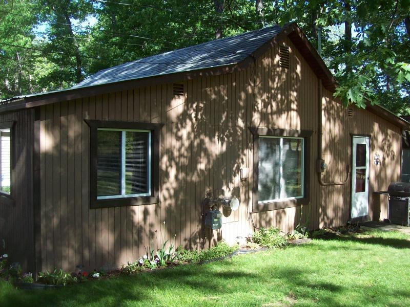 Wayside Inn Cottage @ Lake Margrethe - Image 1 - Grayling - rentals