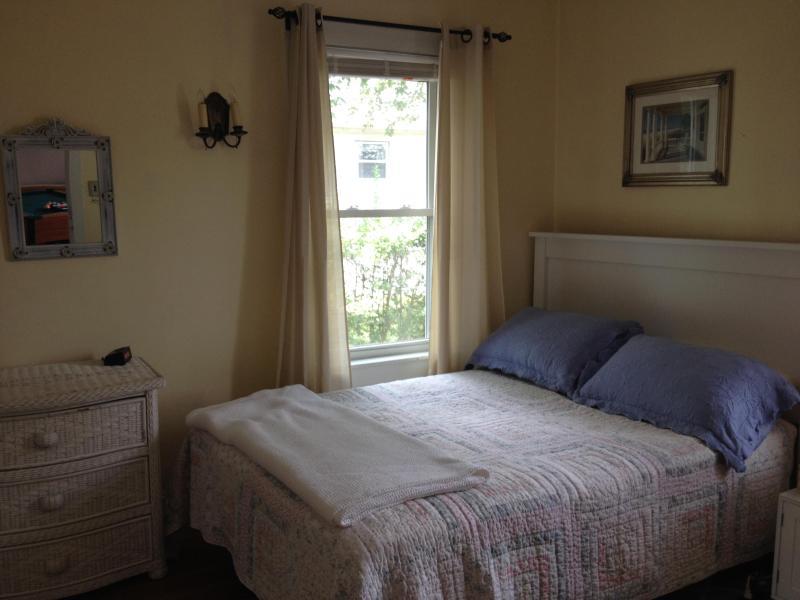 Fabulous Family Vacation Home - Image 1 - Narragansett - rentals