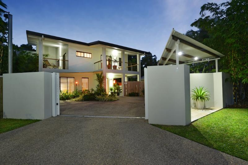 Front View - Coral Sea Beach House   Multi Award Winning - Port Douglas - rentals