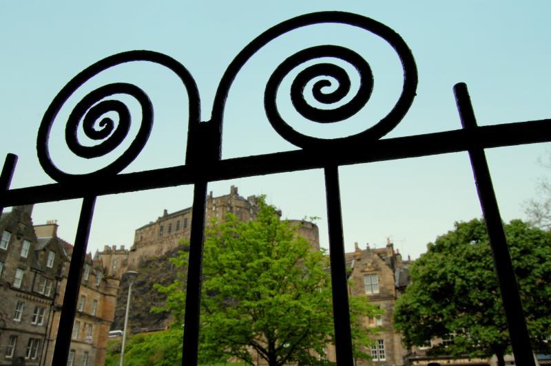 Castle Apartment entrance - Castle Apartment - the heart of Old Town Edinburgh - Edinburgh - rentals