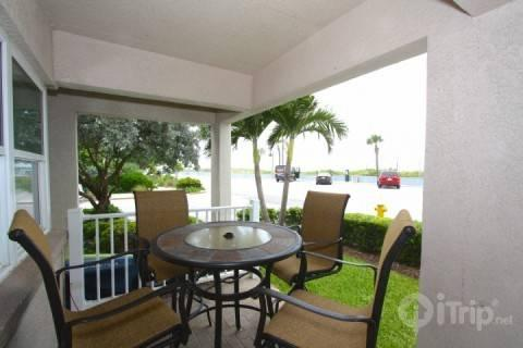 First floor corner unit with an outdoor patio just across the street to the beach - 1 - Beach Club At Pass-A-Grill - Saint Pete Beach - rentals