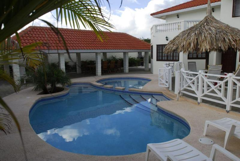 Kas ku Palma is a spacious villa in the area of Grote Berg on the island of Curacao. - Grote Berg | Charming villa for 10 pers. with pool - Willemstad - rentals