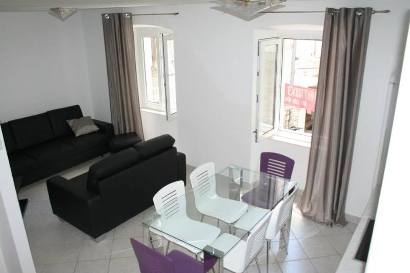 Three- Bedroom Apartment, Trogir, Center - Image 1 - Trogir - rentals