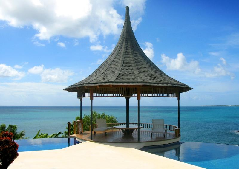 Gazebo - VOTED TOP 20 CONDE NAST CARIBBEAN VILLA - 74 STEPS TO BEACH - KIDS TRAVEL FREE - Scarborough - rentals
