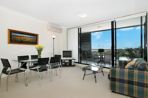 Waterloo Executive Apartment - Image 1 - Sydney - rentals