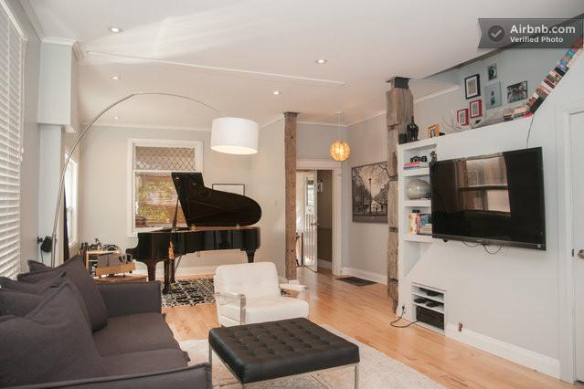 Stunning Downtown  Oasis with Hottub - Image 1 - Toronto - rentals