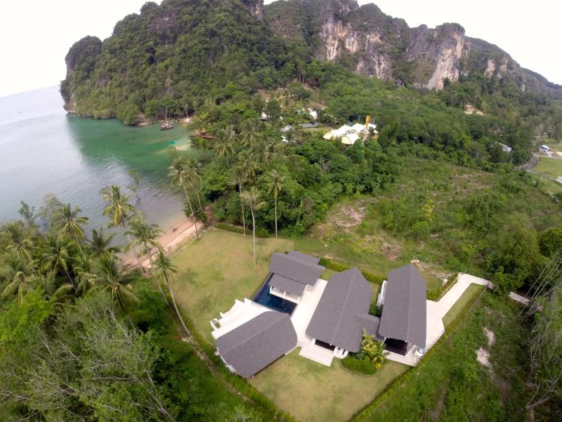Luxury Sea View Private Pool Villa - Krabi Beach House Beachfront Villa in near AoNang - Ao Nang - rentals