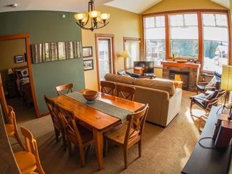 Living Room - Settler's Crossing Condos - 39 - Sun Peaks - rentals