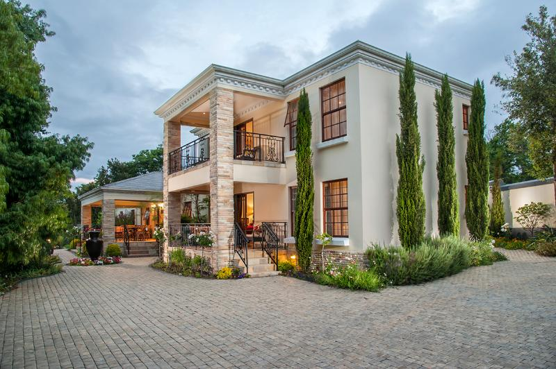 Blaauwheim Guest House - Luxury 5 Star Guest House / B+B in Cape Wine Lands, South Africa - Somerset West - rentals